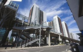 Rojen Apartments Docklands London