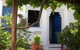 Venetiko Apartments Naxos City