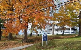 Locust Tree Bed And Breakfast Canaan Ct