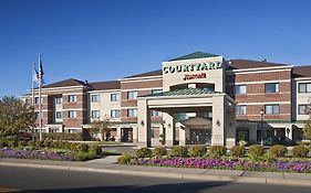 Courtyard by Marriott Roseville Mn
