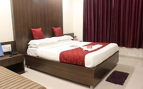 Oyo Rooms Empress Mall Nagpur photos Exterior