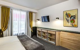 Mops Hotel And Spa
