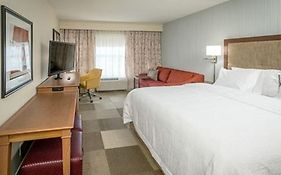Hampton Inn & Suites Minneapolis University Area
