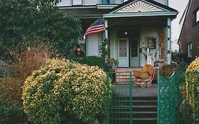 Geiger Victorian Bed And Breakfast Tacoma Wa