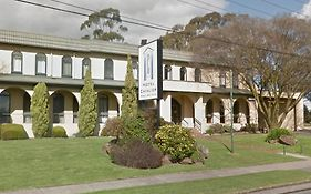 Hotel Cavalier Wantirna South Vic