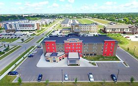 Baymont Inn And Suites Grand Forks
