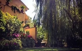 Le Pinette Bed And Breakfast Ameglia