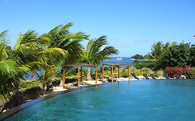 2 Bedrooms Charming Apartment, West Island Resort