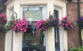 Ivanhoe Guest House Inverness