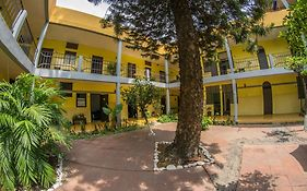 Hotel And Hostel Allende Morelia