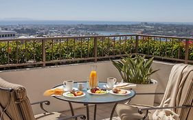 Luxury Hotels in Newport Beach
