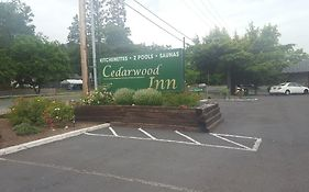 Cedarwood Inn Ashland Or