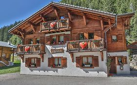 Bed And Breakfast Chalet Manava photos Exterior