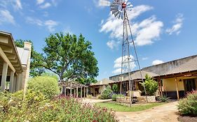 Wine Country Cottages on Main Fredericksburg Tx