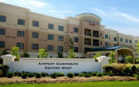 Courtyard By Marriott Mississauga-Airport Corporate Centre West