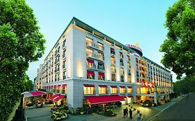 Hamburg Grand Elysee Hotel