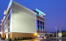 Holiday Inn Express 6205 Annapolis rd Hyattsville Md