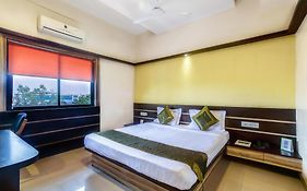 Hotel Golden Treat Indore