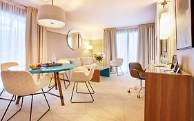 Fraser Suites Paris