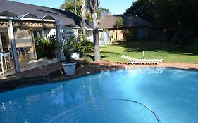 Willow Tree Guest House Kempton Park