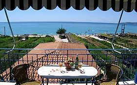 Thomatos Apartments Lourdas Beach Kefalonia Island