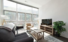 Converted 3Br 2Bath In Lincoln Park