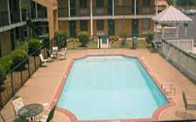 Budget Host Inn And Suites Memphis