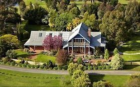 Lawson Lodge Macedon Vic