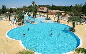 Camping Les Champs Blancs
