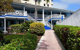 Sea Captain Resort on The Bay Clearwater