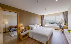 Zen Diamond Suites Hotel  5*