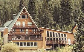 Lodge by The Blue Breckenridge Co