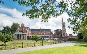 Stanbrook Abbey Worcestershire