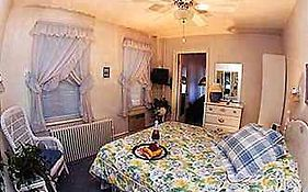 Serendipity Bed & Breakfast Hotel Ocean City