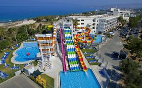 Laura Beach Hotel in Paphos