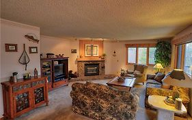 Woods Manor #302-A - Close To Main Street - Access To Indoor Hot Tub And Shuttle