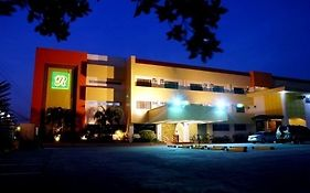 Grand Regal Hotel Bacolod 3*