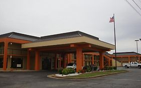 Econo Lodge Jackson Tennessee