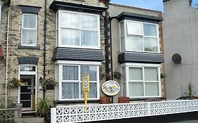 Hallam Guest House Filey
