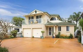 Lake Illawarra Bed And Breakfast