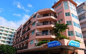 Charming Inn Hotel Pattaya