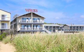 Waves Oceanfront Resort photos Exterior