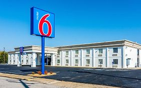 Motel 6 Fort Lee Petersburg Va