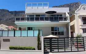 Southern Comfort Guest Lodge Cape Town