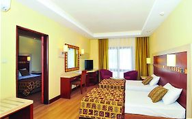 Green Beach Resort 5*