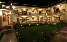Hotel Ladakh Inn photos Exterior
