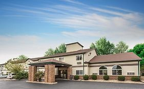 Budget Inn And Suites Streator Il