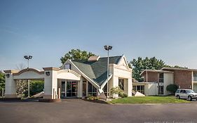 Quality Inn Greenfield Ma