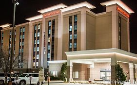 Hampton Inn & Suites Nashville Airport