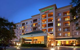 Overland Park Marriott Courtyard